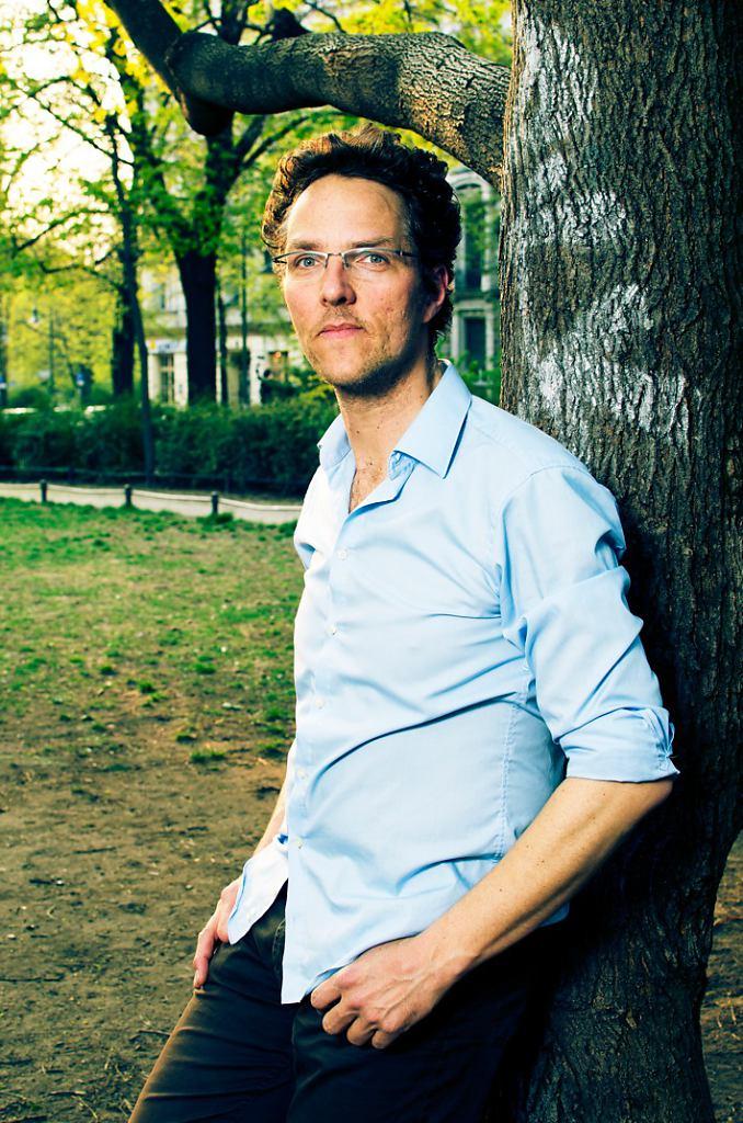 Marc-am-Baum-cross2.jpeg